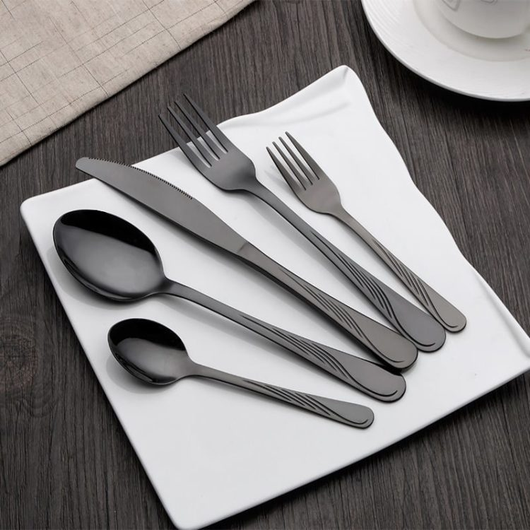 HOMQUEN 30 Pieces Stainless Steel Cutlery Flatware Set Knives Forks Spoons Set for 6 Persons Black
